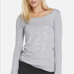 NWT Fabletics Scoop Tee with design